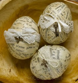 paper-decoupage-eggs-close